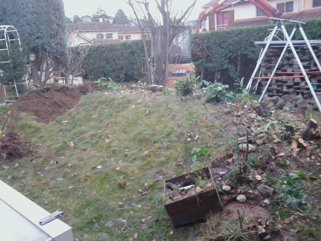 Jardin avant travaux à Irigny